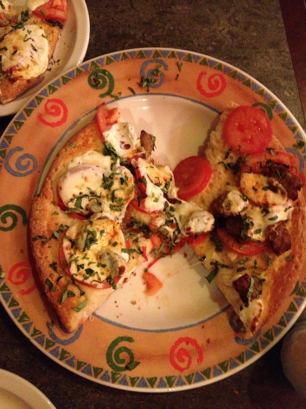 The Original Cottage Inn Italian Food Ann Arbor Mi Http Thedailysampler Com 2013 01 20 The Ann Arbor Sampler The Orig Italian Recipes Food Gourmet Pizza