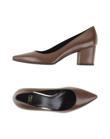 STUART WEITZMAN Pump. #stuartweitzman #shoes #pump