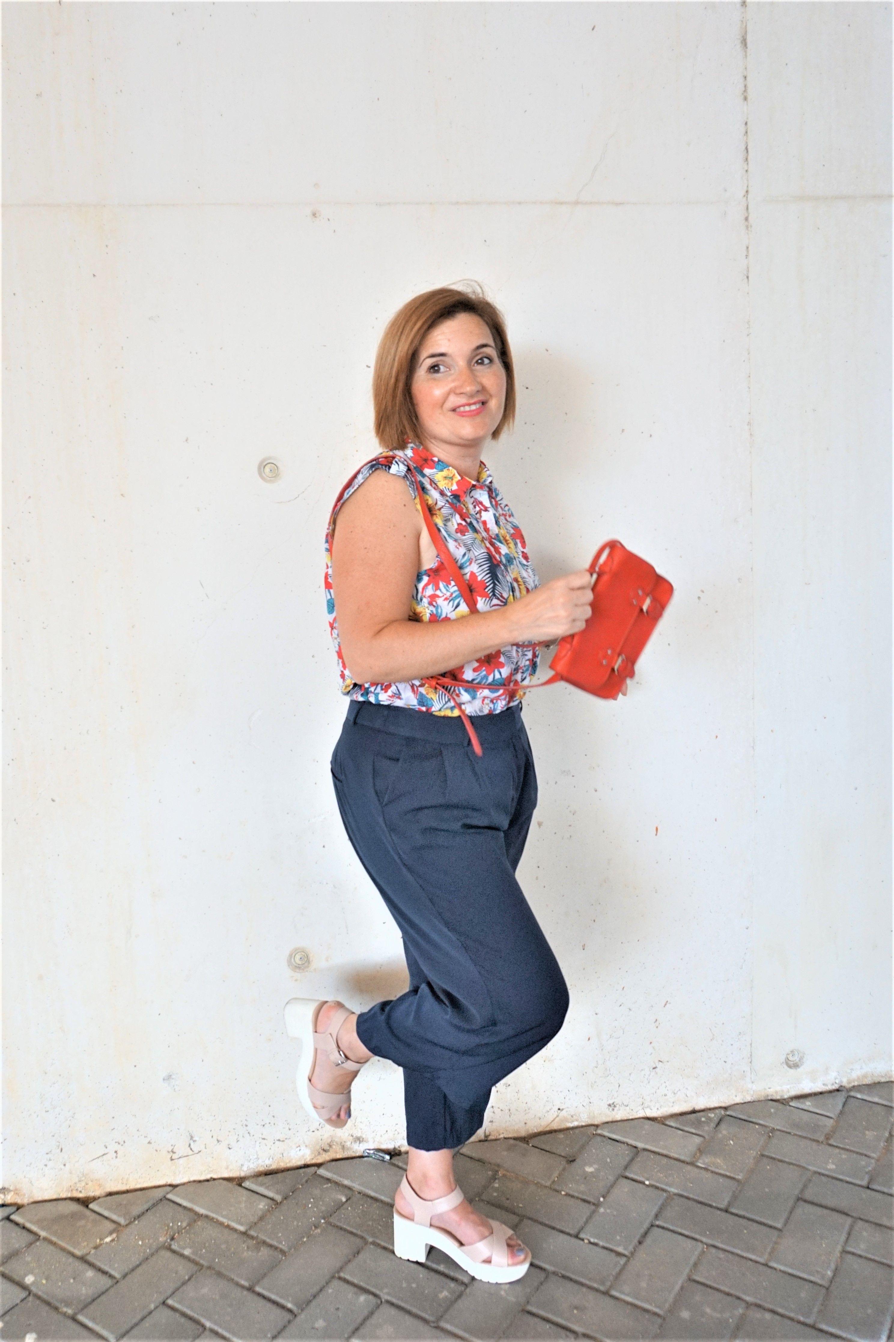 Manual de uso de pantalón culotte para bajitas - buscandotueStilo.com 5ad613c10046