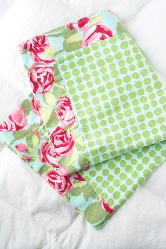 Easy Doll Blanket Tutorial via @PagingSupermom #sewing | homemade ...
