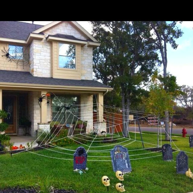 halloween yard decorations giant spider web - Giant Spider Halloween Decoration