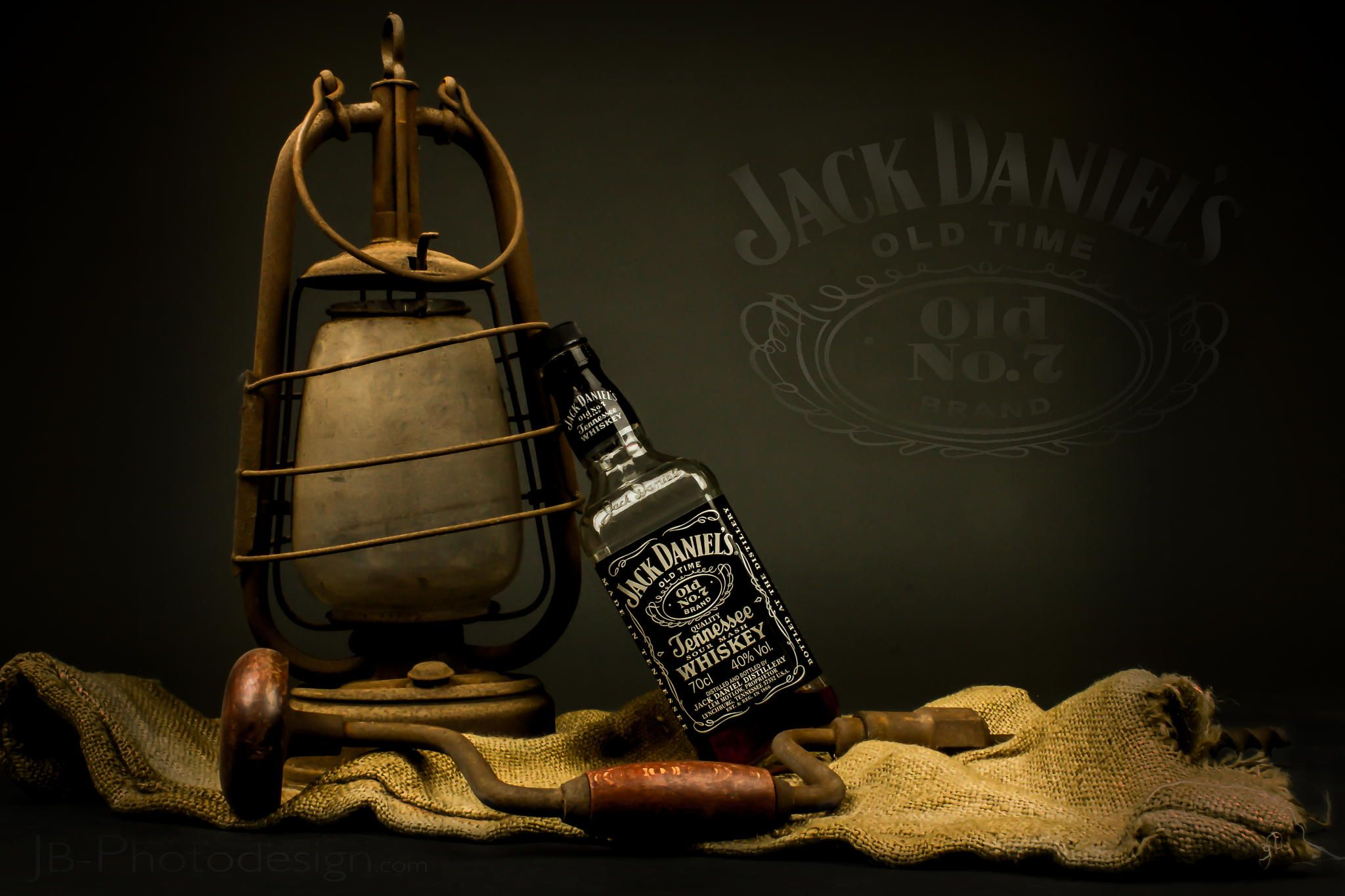 Jack for worker by Jan Bachmann on 500px