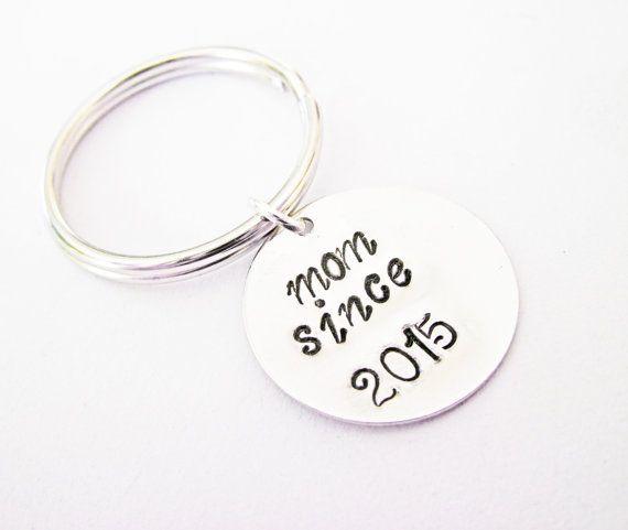 Personalized Mom Keychain mother key chain mom gift by RobertaValle