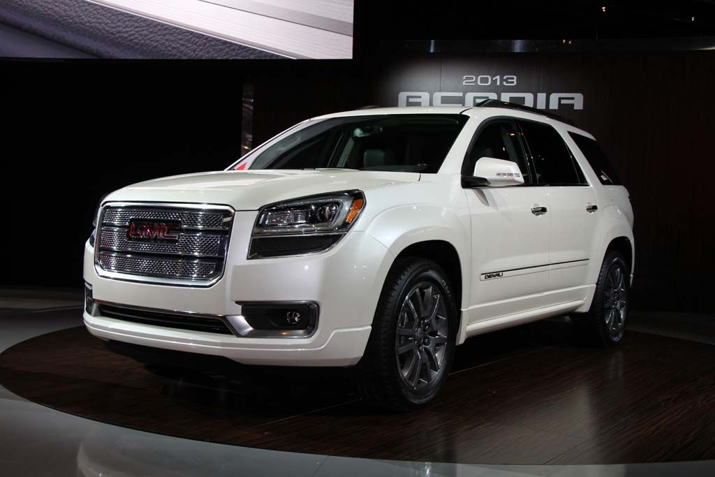 2013 Gmc Acadia Denali At The Chicago Auto Show Gmc Vehicles