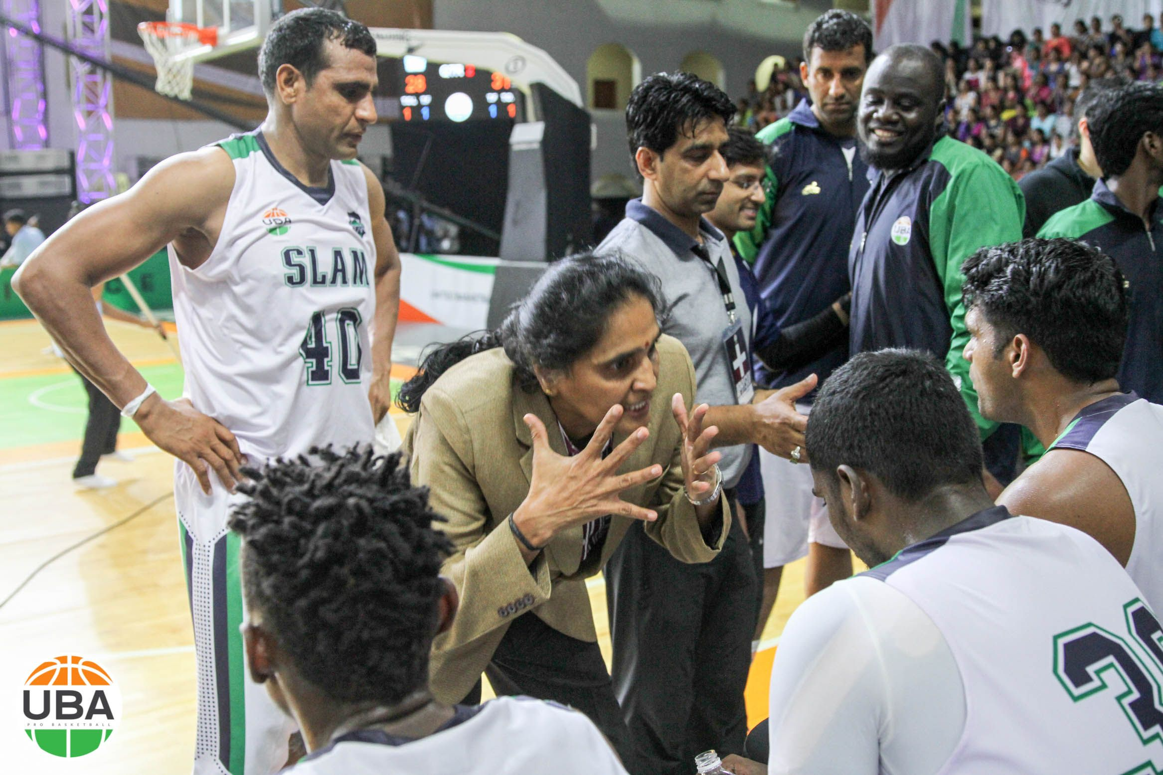 Chennai Slam S Legendary Coach Prasanna Jayasankar Is One Of India S Most Decorated Basketball Players Ubaindia Basketball Players Slammed Basketball Teams