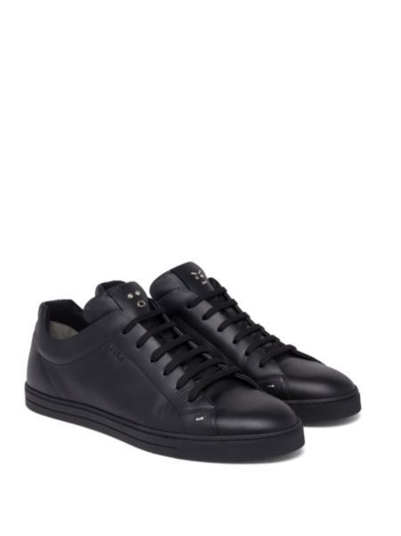 FendiFace Leather Low-Top Sneakers cTXvvh