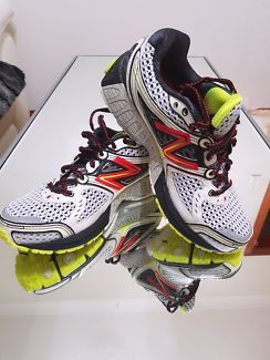 New Balance  860 V3 | Men's Shoes | Gumtree Australia Canterbury Area - Kingsgrove | 1126039357
