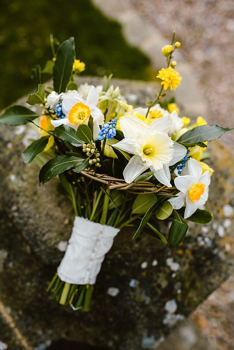 Beautiful countryside wedding ideas bridal flowers flower beautiful countryside wedding ideas bridal flower bouquetsdaffodil izmirmasajfo
