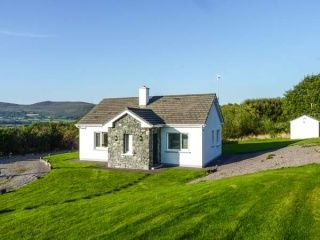 search and find a cottage in ireland hogans irish cottages irish rh pinterest co uk hogans irish cottages wexford hogans irish cottages donegal