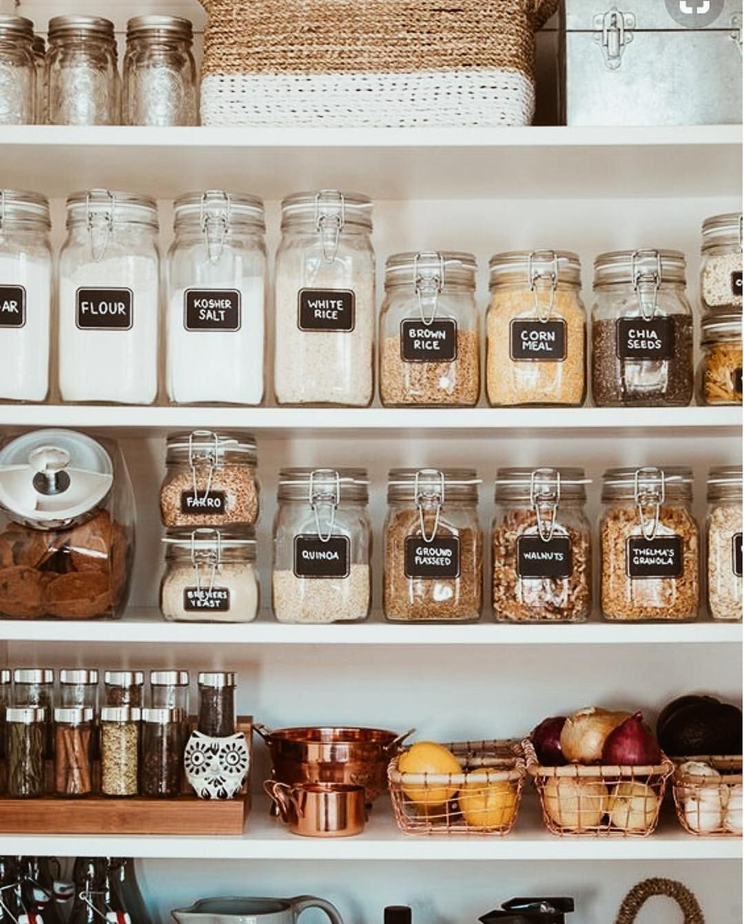 Kitchen organization done right ✨✔️ So simple, easy & affordable to do something like this...& it makes such a difference! Love this Jar pantry storage. Total kitchen Organization Goals.