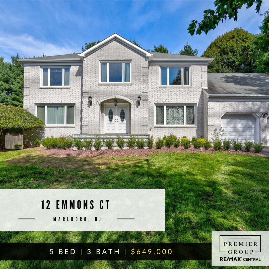 12 Emmons Ct Marlboro Nj 07746 5 Bed 3 Bath 649 000 Welcome To Beautiful Brick Front Colonial In Pre Real Estate Nj New Home Buyer Marlboro