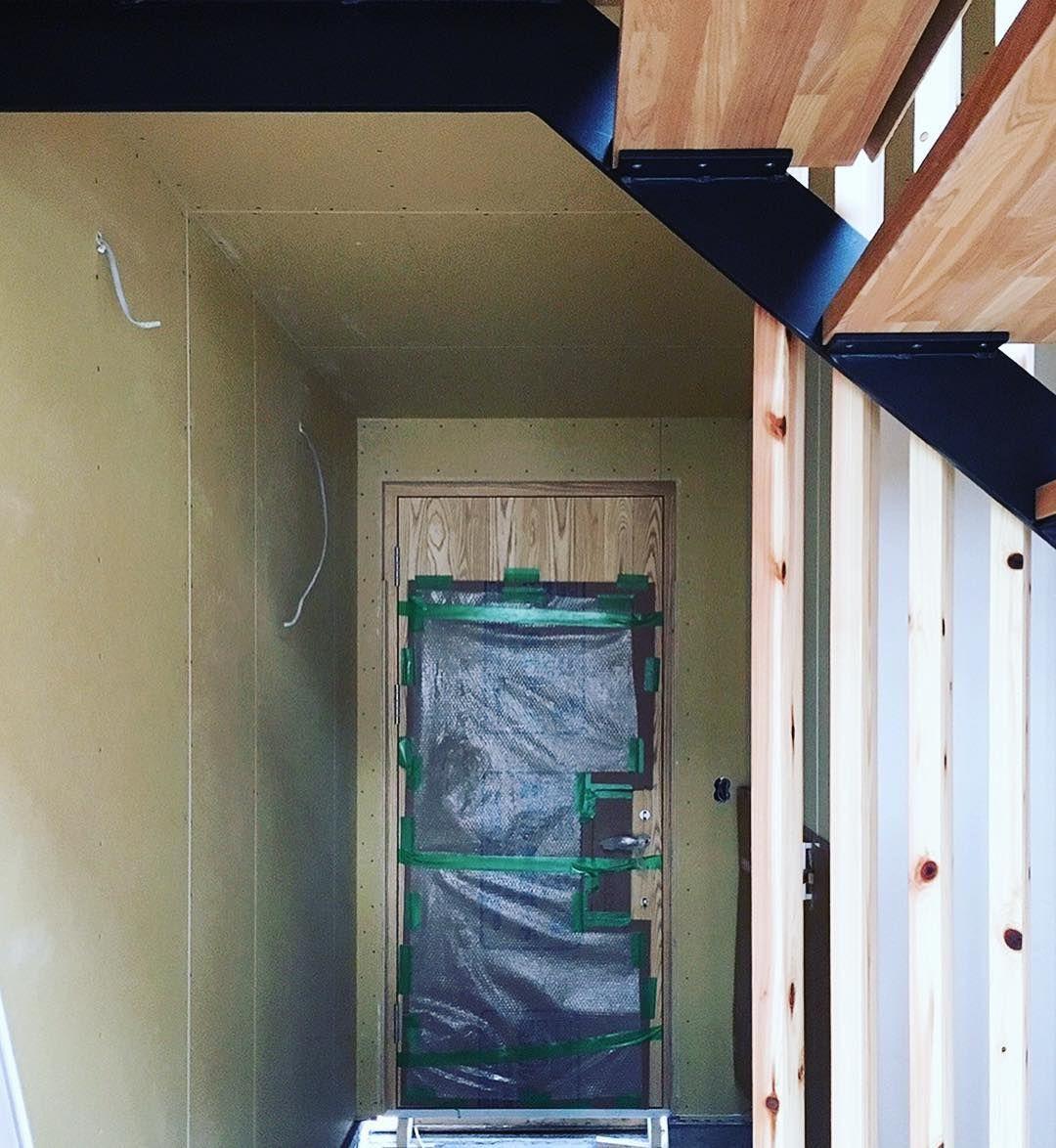 こちらドア引き戸の修理再生工房です 機械式オートロックドアの修理 室内ドア内開き 外開き変更工事 開きドア 引き戸に変更 2階リビング吹き抜け対策断熱引き戸パネル工事など 東京 横浜 室内ドア 引き戸 Diy インテリア 間仕切り