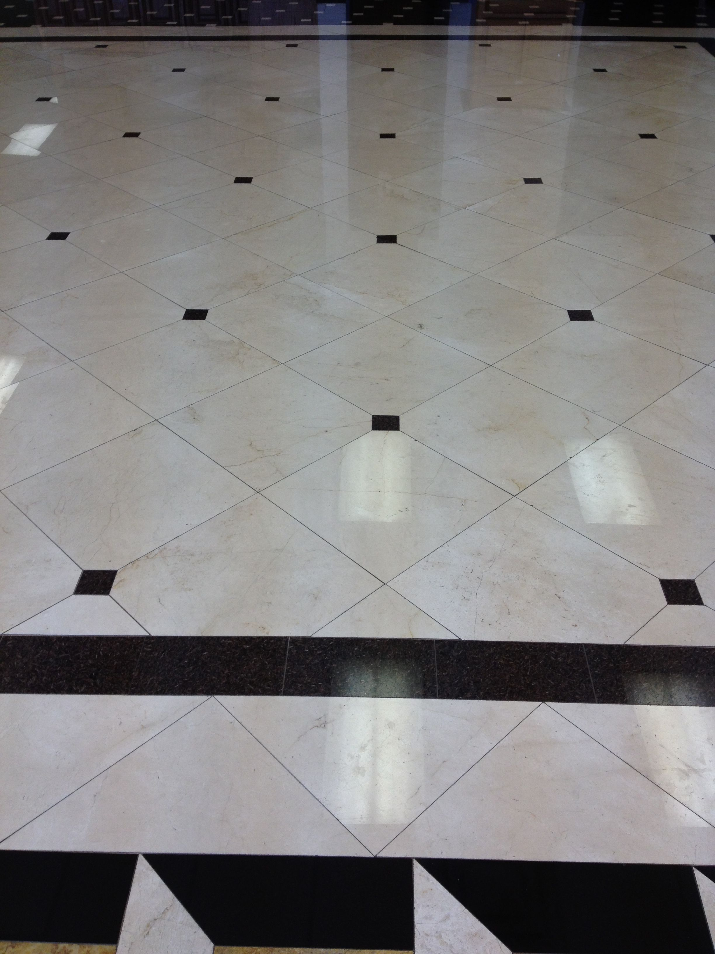 Marble Flooring With Granite Inserts At Istone Floors We Are A Professional Flooring Remodeling Crew With Granite Flooring Floor Pattern Design Stone Flooring