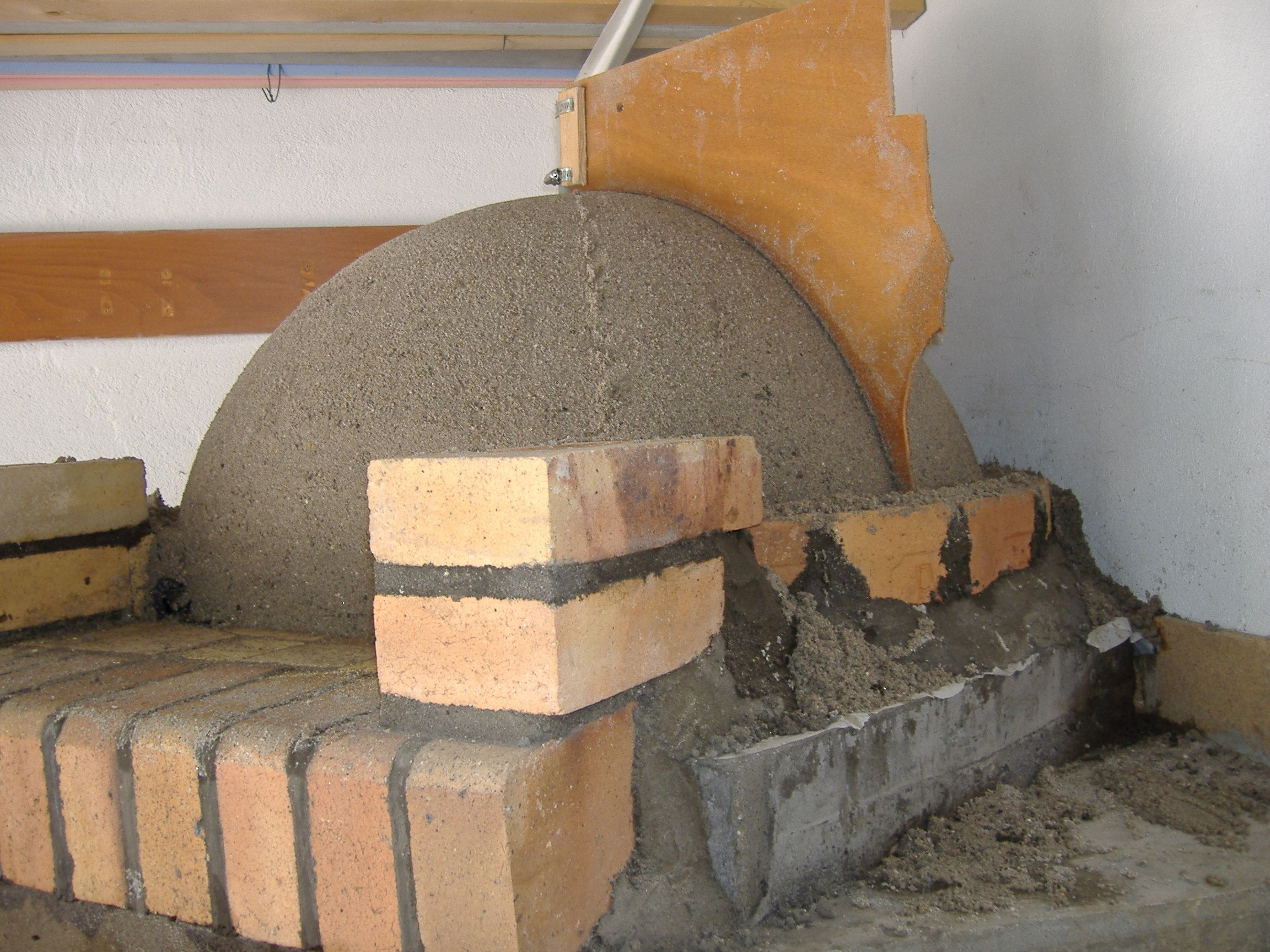 Elegant Construction Du0027un Four à Pain Traditionnel