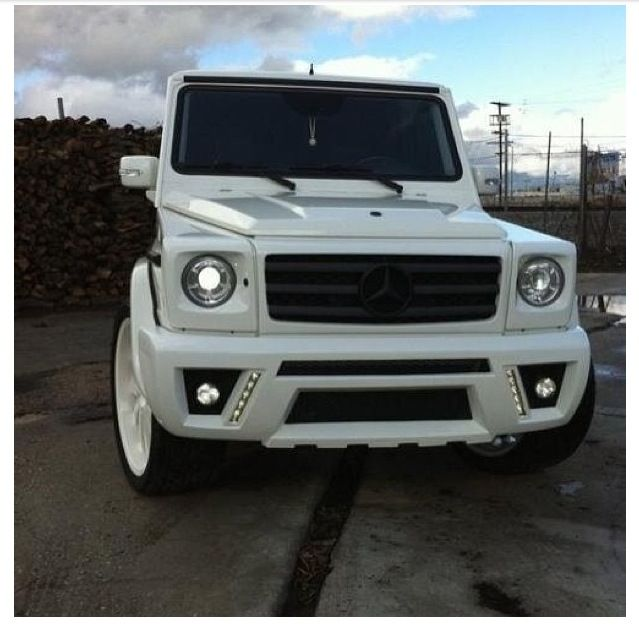 Mercedes G Class Look At That Baby Go Mercedes G Wagon