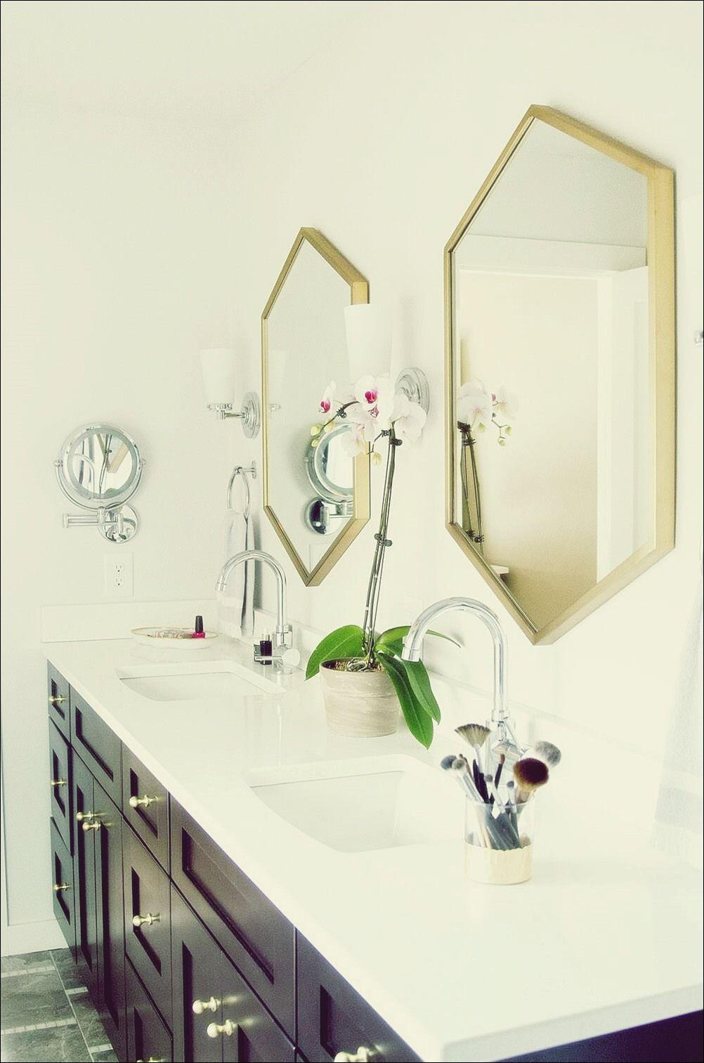 15 Badezimmer Mit Schonen Statement Spiegeln Badezimmer