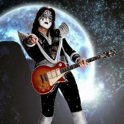 Former Kiss Guitarist Ace Frehley S Home In Foreclosure Ace