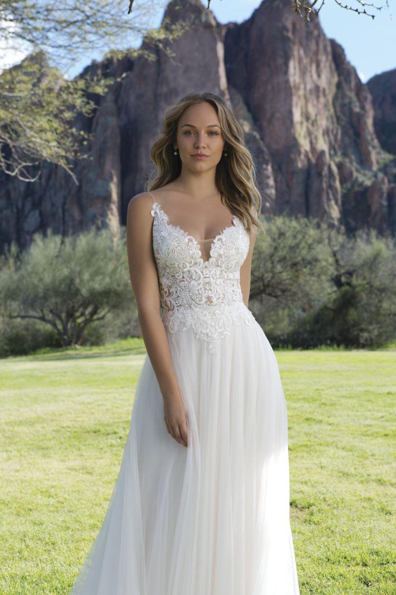 Wie findet ihr das schöne Vintage Brautkleid von Sweetheart Gowns