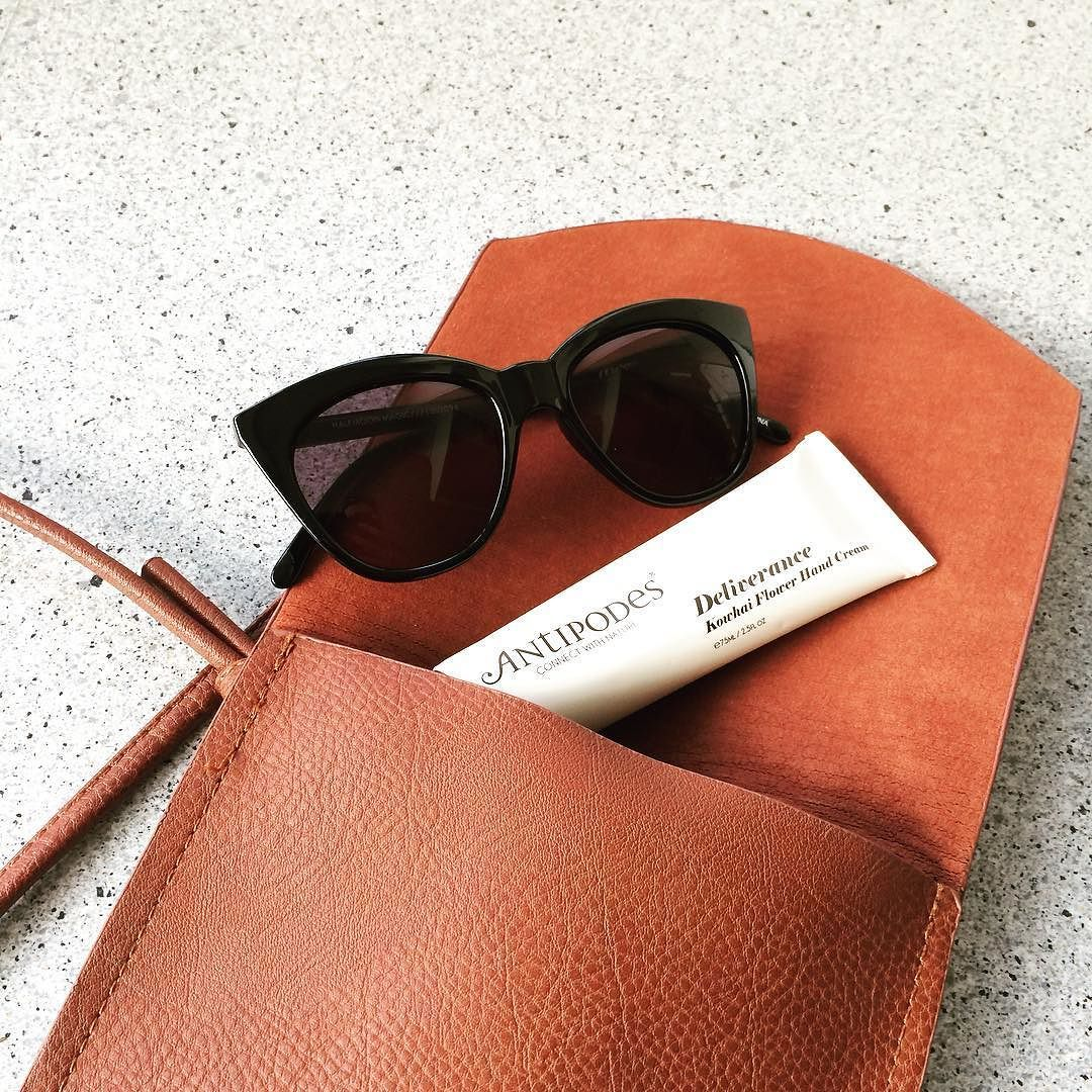 Off to see nana and mum for a catch up then lunch got my @lespecs sunglasses and new fav handcream by @antipodesskincare what more could a girl want! #whatsinmybag #beauty #girly #minimalist