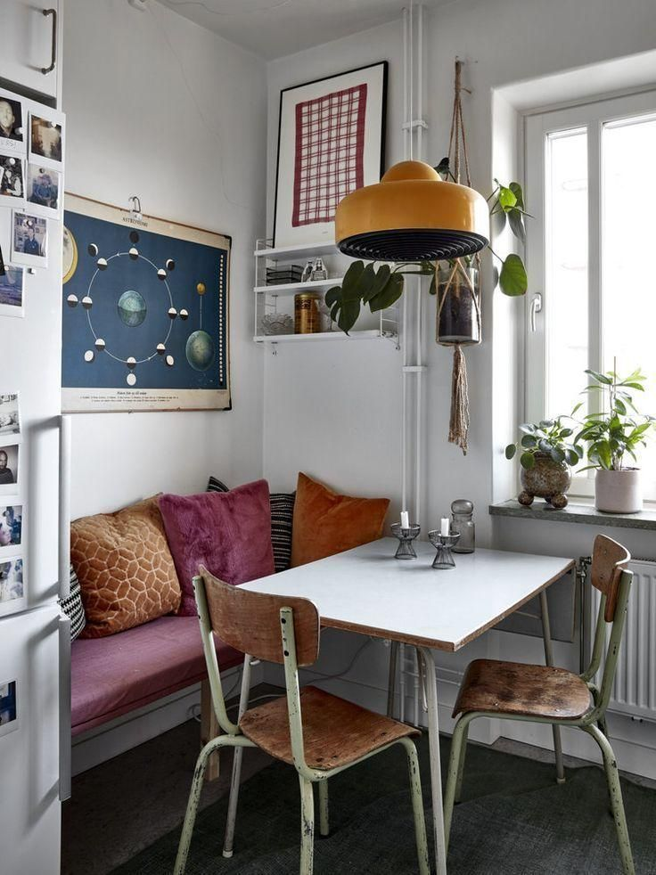 Cozy Textures In A Vintage Apartment in Stockholm | Vintage apartment, Retro apartment, Retro home d - Fİko BLog #roomideasdecoration #vintage #home #blog #retro #apartment #cozy #stockholm #fiko #textures