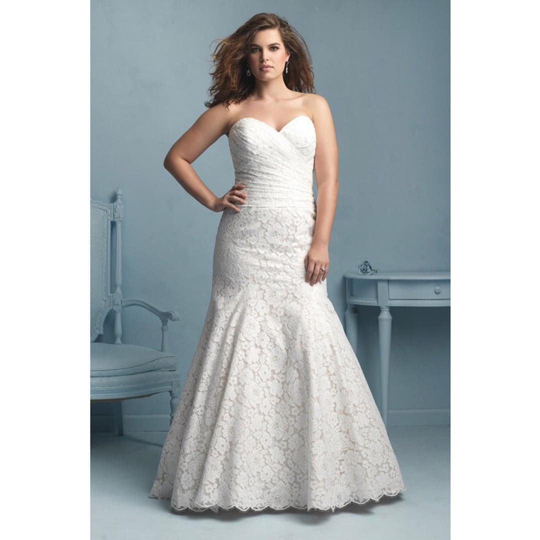 ✨ S A L E ✨ W354 by Allure . Ivory Lace . Size 20 . Was £1887 ...