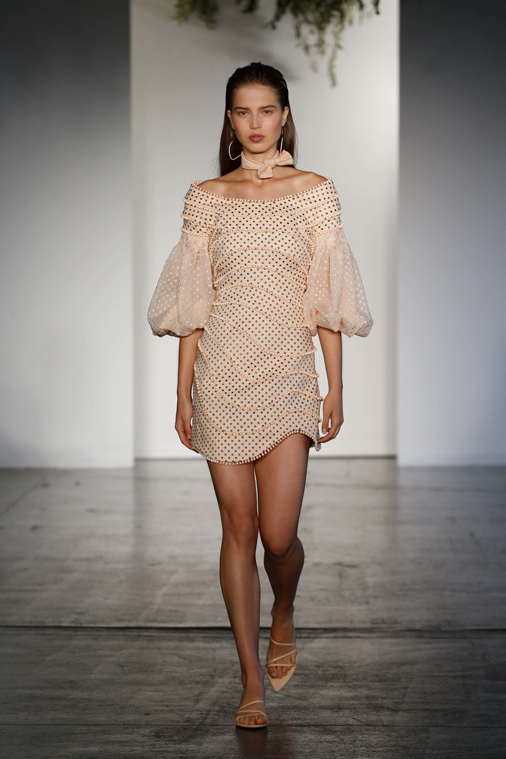 Zimmermann resort fashion show the impression fashion