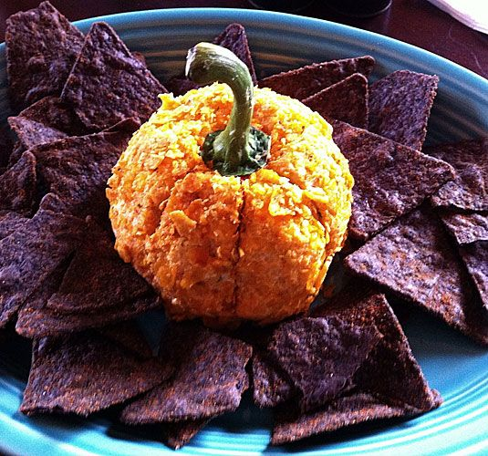 10 Scarily Yummy Halloween Appetizers Halloween party appetizers - halloween party treats ideas