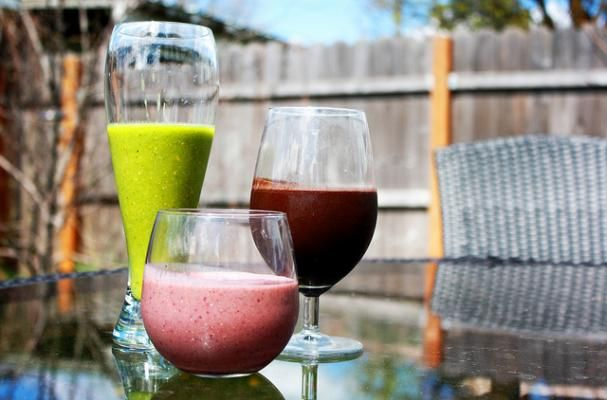 Ramp up your healthy eating habits with these 5 delicious detox smoothie recipes! March is National Nutrition Month so we're focusing on clean eating and superfoods that do our bodies good. Stephen Coe, executive chef at Mirbeau Inn & Spa at The