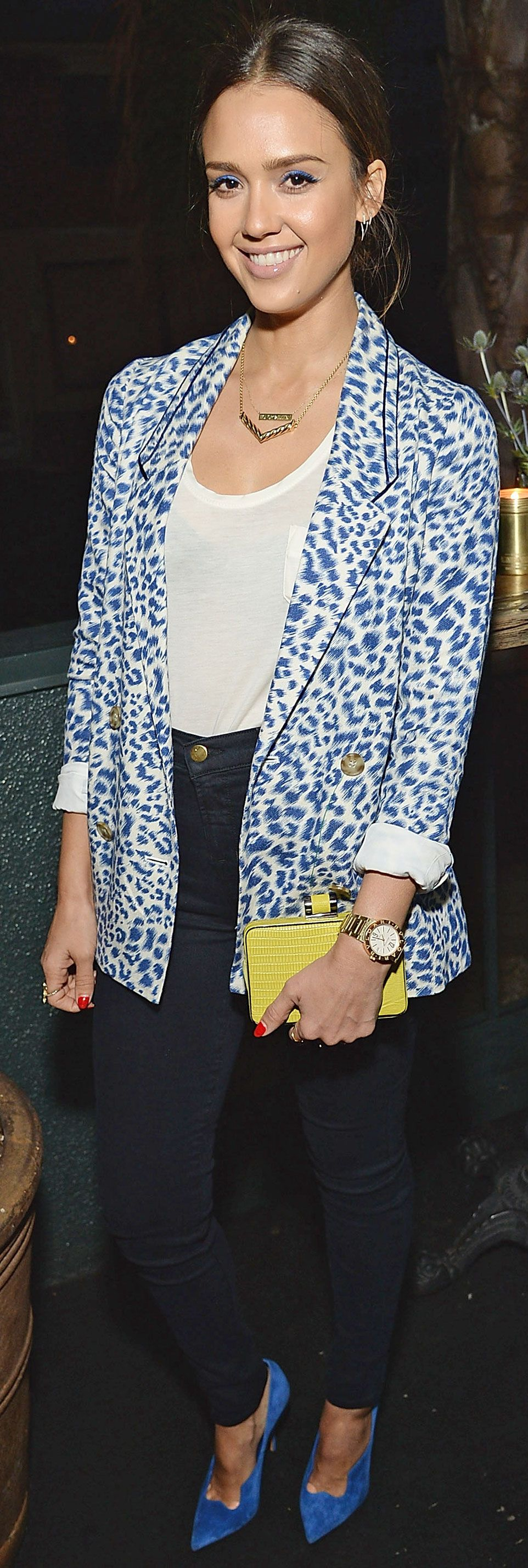 Jessica Alba outfits print with the perfect pop of color