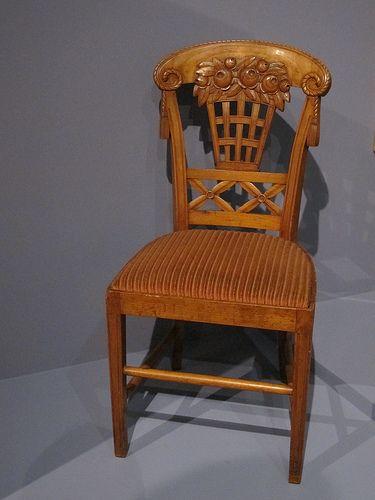 Chaise à la corbeille fleurie (1912), Louis Süe - Exposition « 1925, quand l'Art Déco séduit le monde », Cité de l'Architecture et du Patrimoine, Paris XVIe | da Yvette G.