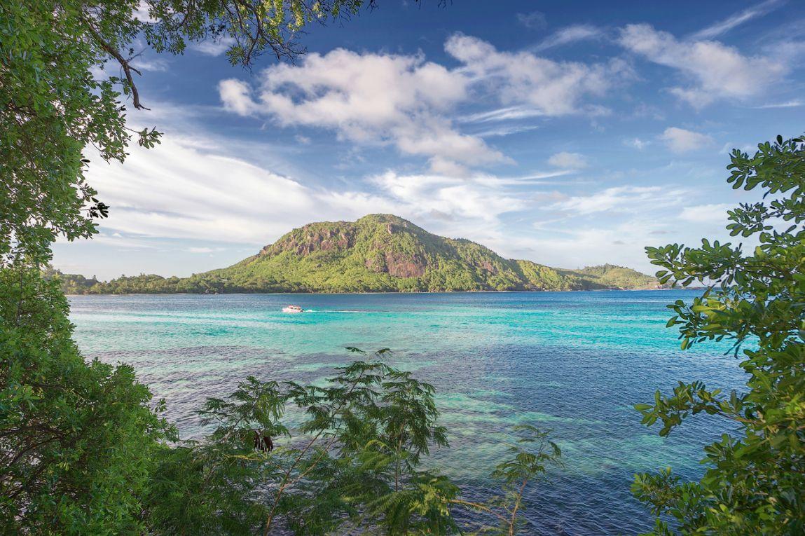 Enchanted Island Resort Seychellerna #Seychelles #Seychellerna #Enchanted #Island #Resort #RoundIsland #Round #Paradise #Paradis #Vacation #Semester #Travel  #Hotel #Nature #Amazing