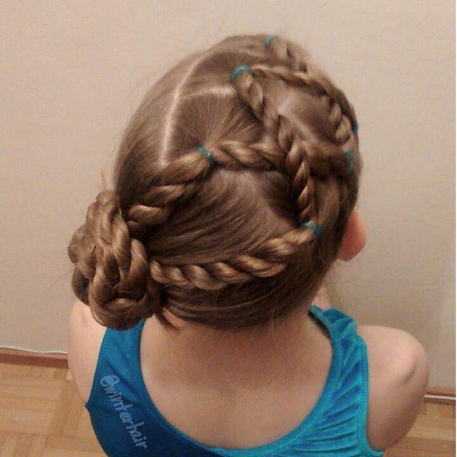 Gymnastics style inspired by lovely Angie @brownhairedbliss  . . Voimistelukampaus, jonka idea yllämainitulta tililtä ☺