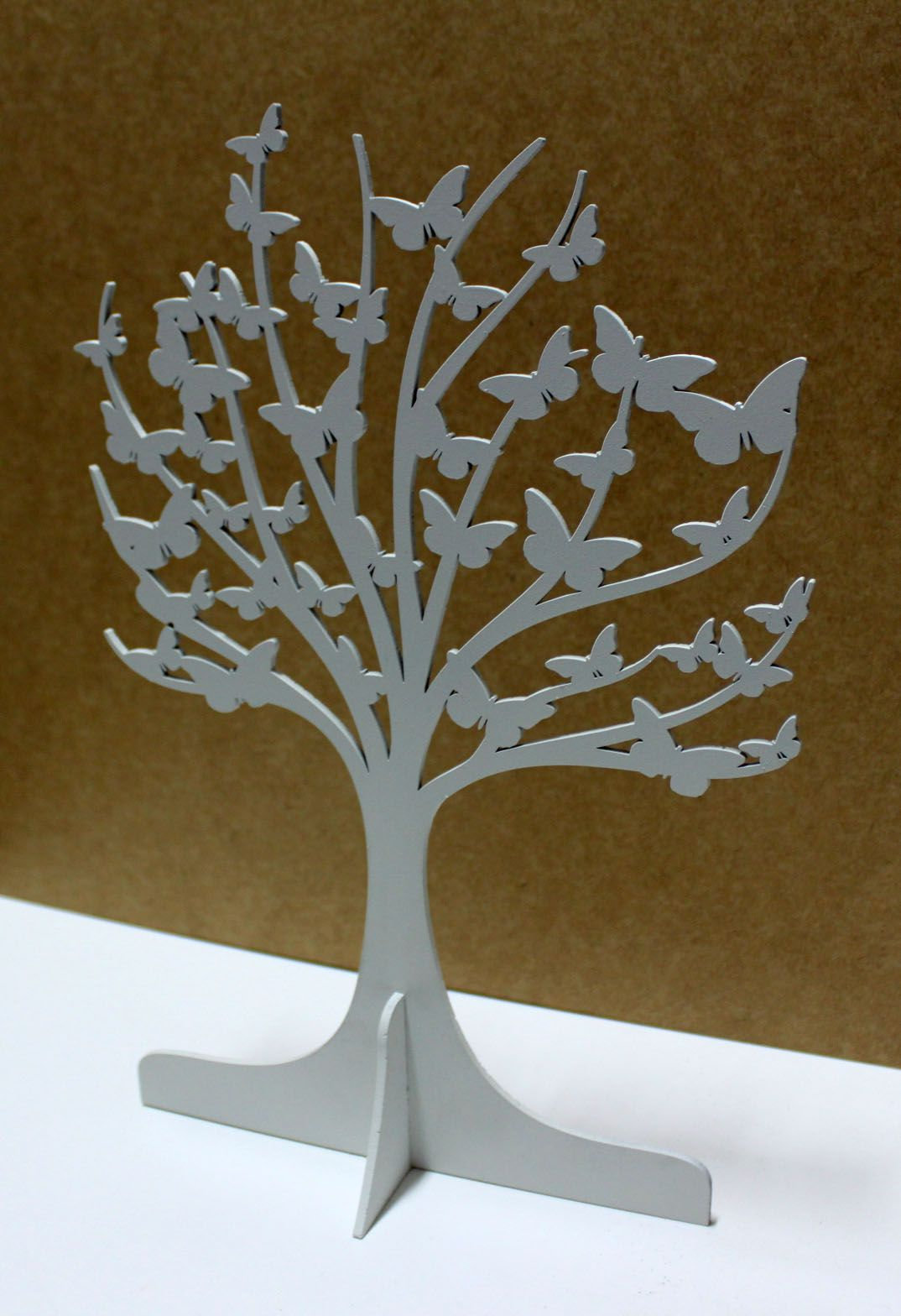 Árvore borboleta em MDF pintura em branco fosco.