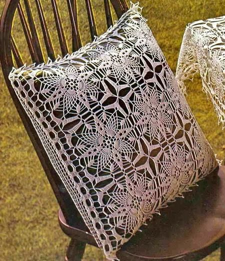 Tablecloth And Pillow Cover - Crochet Tablecloth Free Pattern 1 & Tablecloth And Pillow Cover - Crochet Tablecloth Free Pattern 1 ... pillowsntoast.com