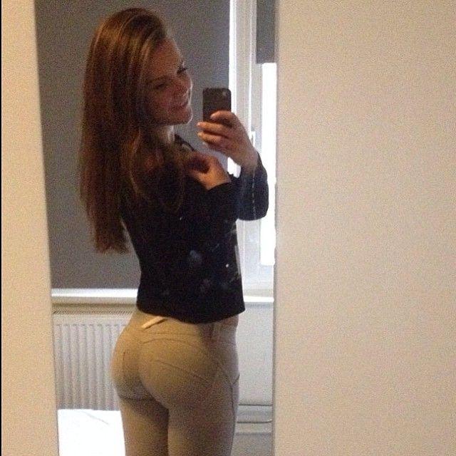 image gallery leggings selfie