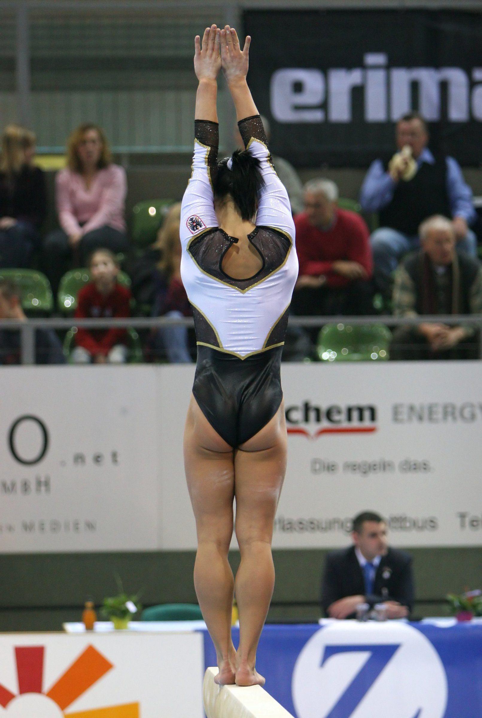 Sandra Meyer - black haired gymnast exposing her fine ass  69e841dead