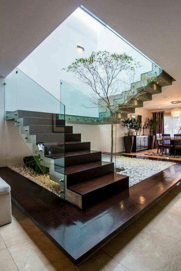 Casas minimalistas dise o interesante arbol en la casa for Interiores minimalistas