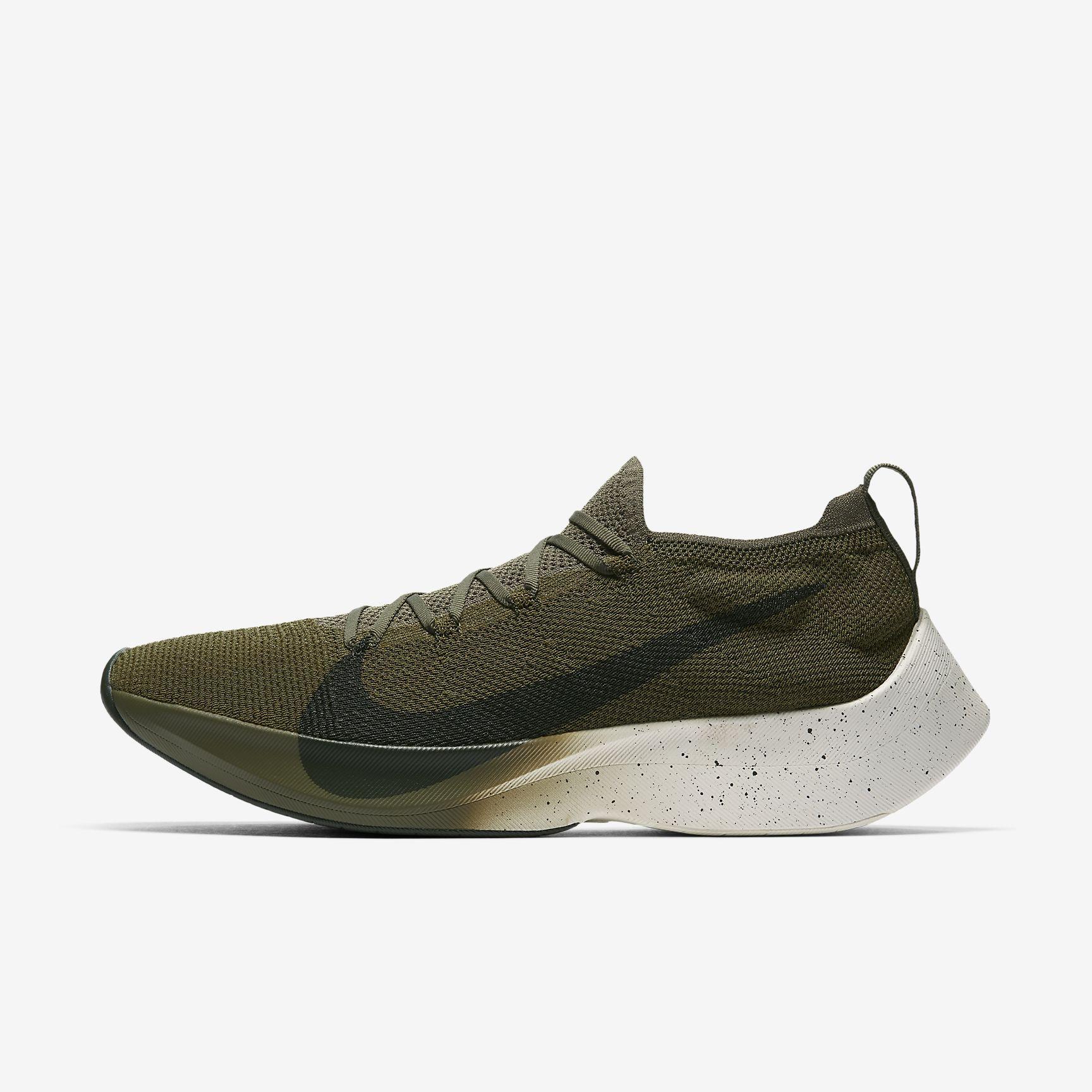 quality design 9a2ce 870ce React Vapor Street Flyknit – sko til mænd | wishlist | Sneakers nike ...