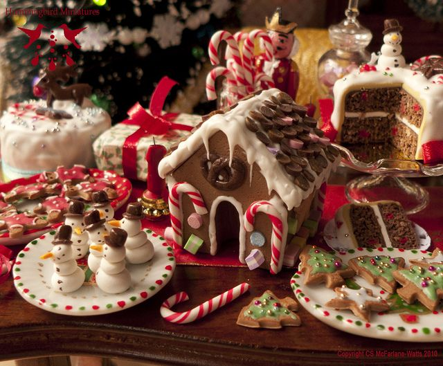 Gingerbread House - Dollhouse miniature in 1:12 scale by Hummingbird Miniatures on Flickr