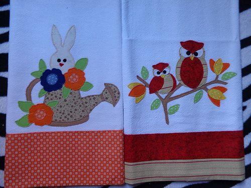 Panos de prato em patchwork: corujas e coelho | Costurinhas da Sueli - Festejando 7 anos | Flickr