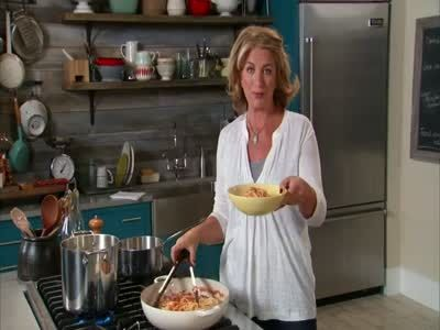 Watch Martha Stewart's Quick Spaghetti Amatriciana with Pecorino Romano Video. Get more step-by-step instructions and how to's from Martha Stewart.