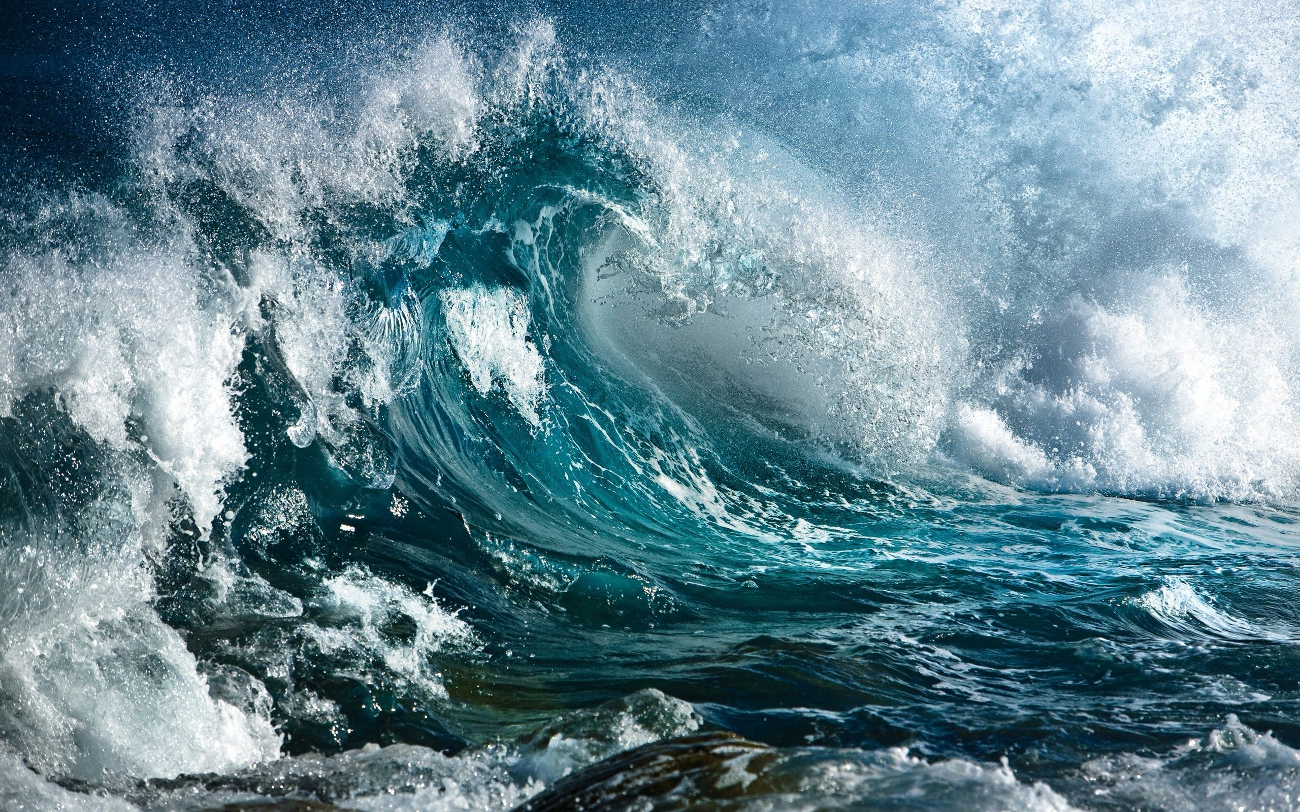 Big Waves On The Sea Landscape Water Download Beautiful Hd Wallpaper 1080p 2160p Uhd 4k Hd For Ios Devices Iphone Android In 2020 Ocean Waves Waves Sea Waves