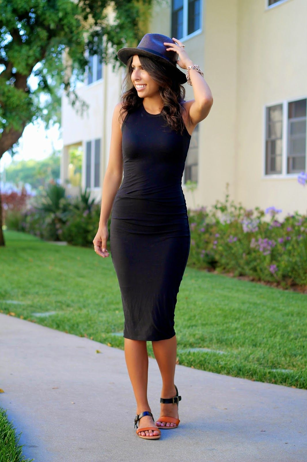 Shoes to wear with black dress in the summer