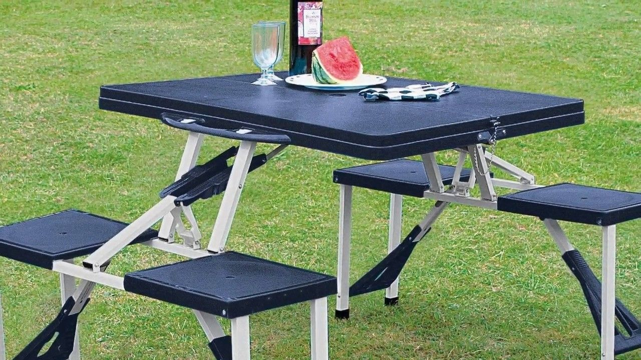 Aluminium Portable Folding Picnic Table Chairs Set With Umbrella