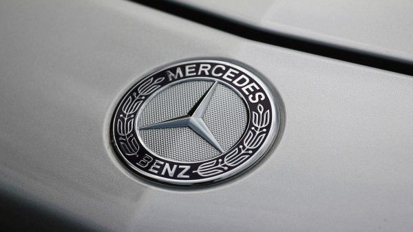 Mercedes benz logo 1280x850 wallpaper mercedes benz mercedes benz logo 1280x850 wallpaper voltagebd Image collections