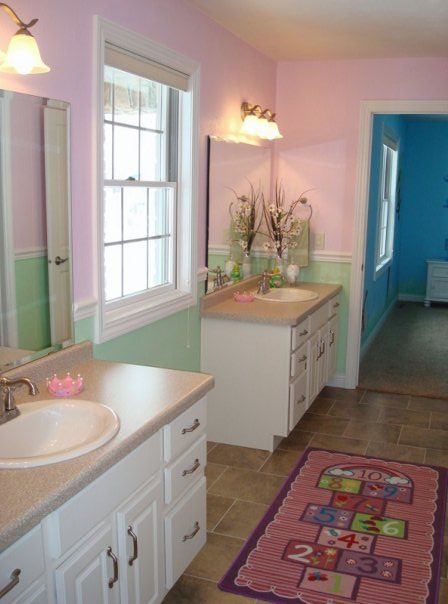 Jack Jill Bathroom Great Idea For Kids Jack And Jill