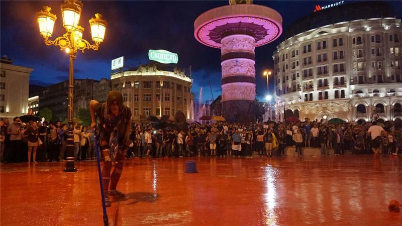 Macedonia: 'Colourful revolution' issues ultimatum - AJE News