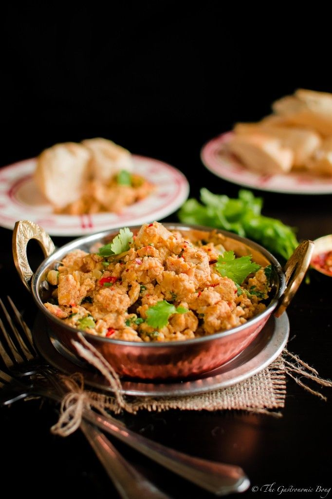 Parsi Style Spicy Scrambled Eggs (Akoori) | The Gastronomic BONG