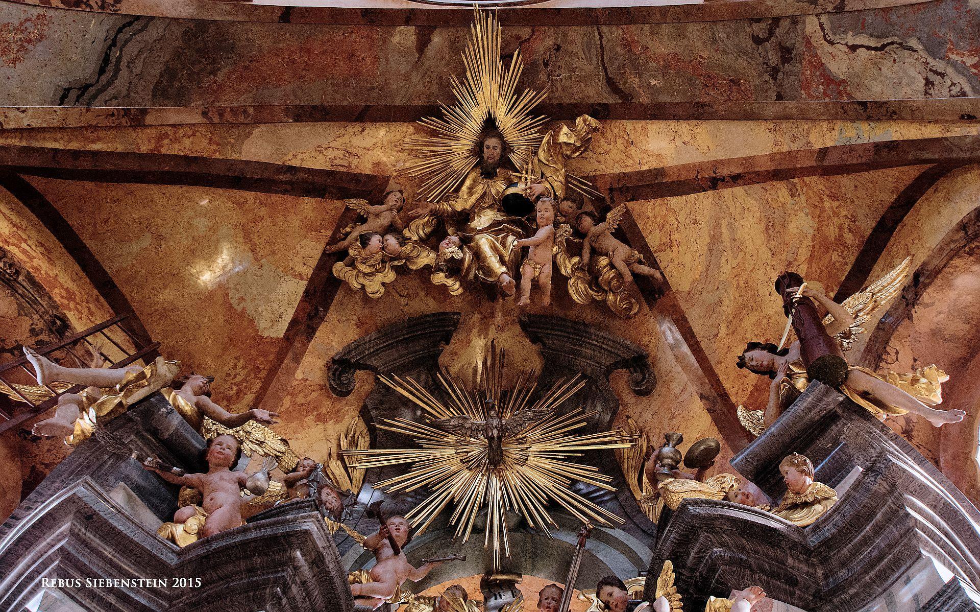 #DE #Neuzelle #Kloster #EvangelischePfarrkirche #ZumHeiligenKreuz #GottvaterundHeiligerGeistüberdemAltar