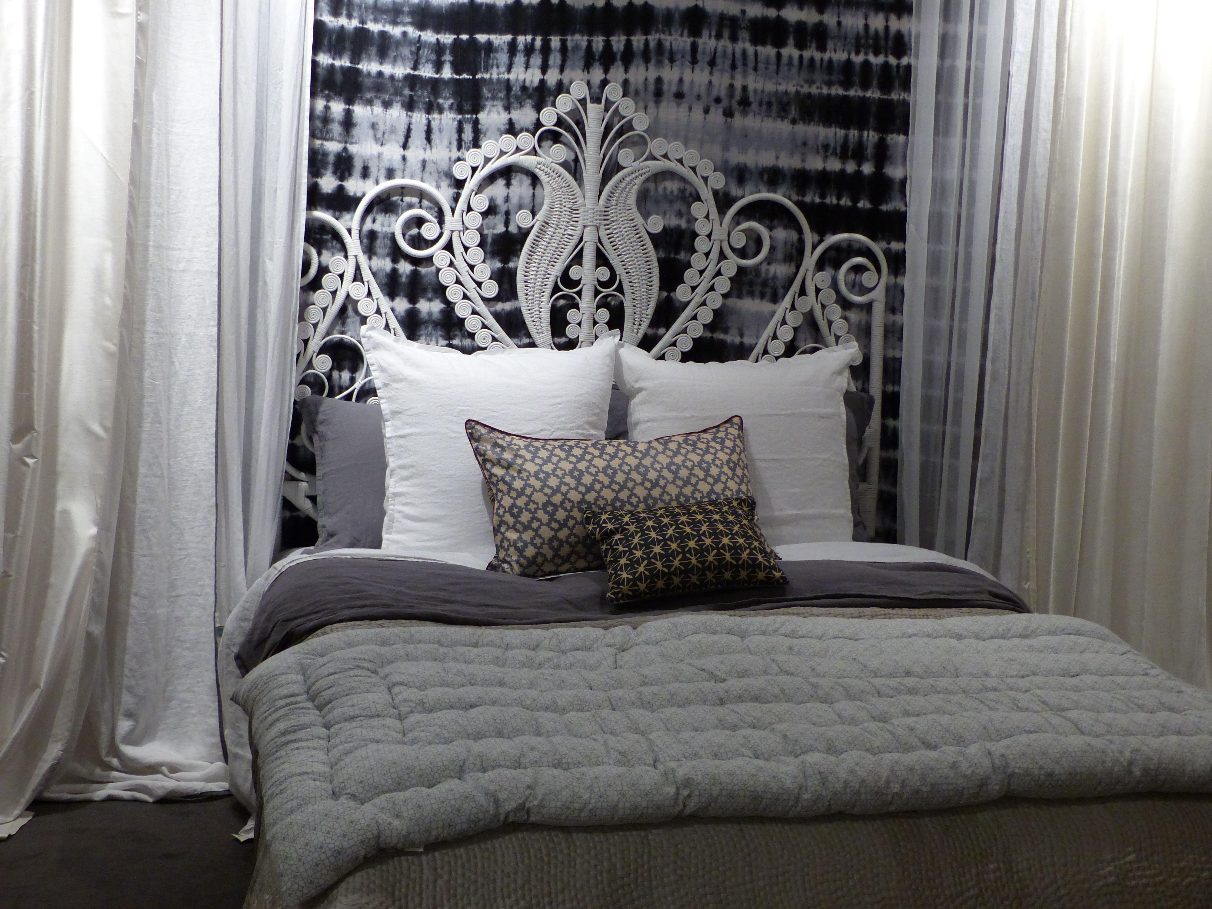 t te de lit en rotin 2 places blanc le monde sauvage le rotin pinterest t te de lit en. Black Bedroom Furniture Sets. Home Design Ideas